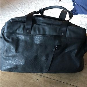 Lululemon Urban Warrior Duffle